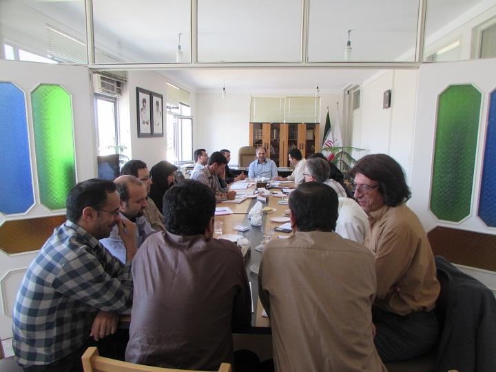 پنجمین جلسه شورای اداری اداره کل کتابخانه های عمومی استان زنجان برگزار شد